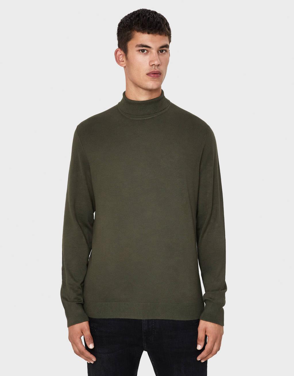 Džemperis ar augstu apkakli