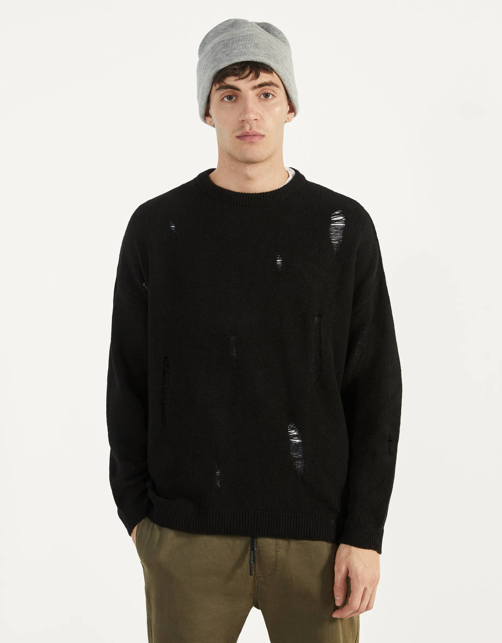 Sweater com rasgões