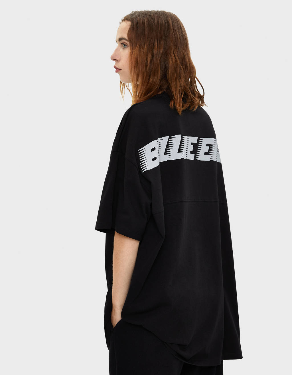 Camiseta reflectante Billie Eilish x Bershka