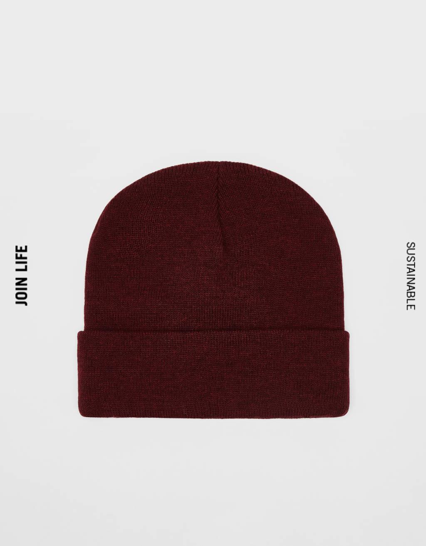 Jednobojna pletena kapa