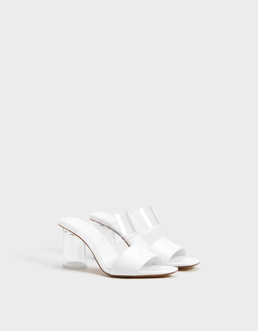 Sandales talon détail vinyle.