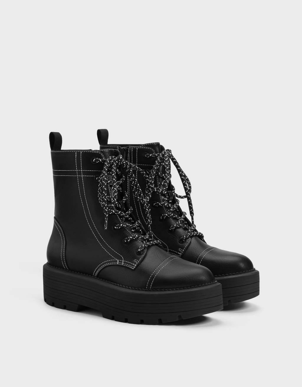 Platform ankle boots with topstitching