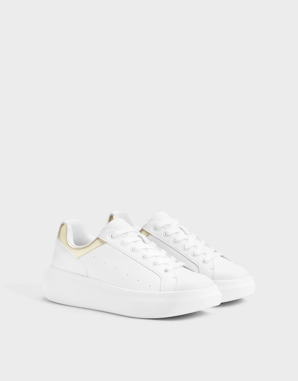 Platform sneakers with metallic detail