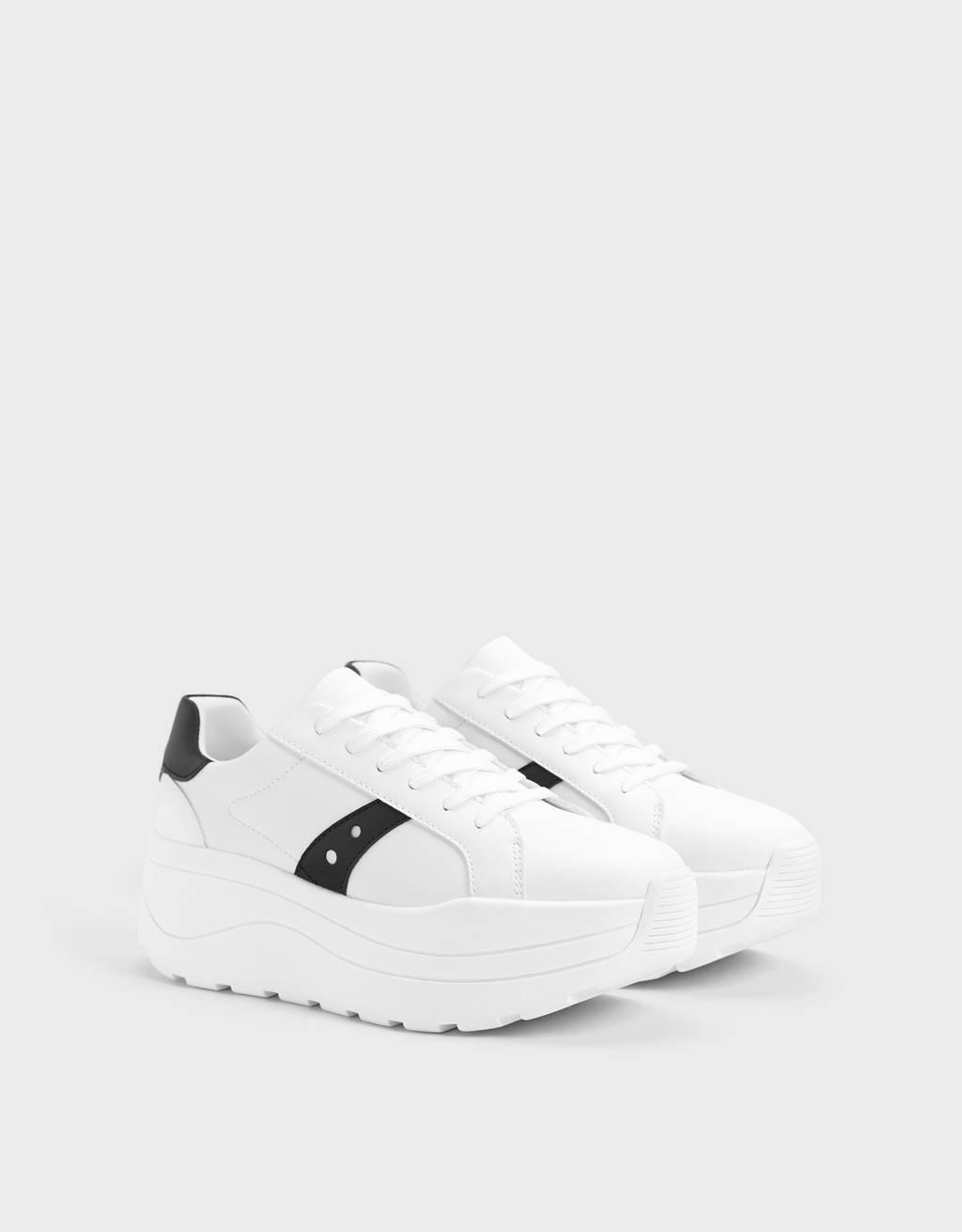 Kombinirani športni čevlji z debelim podplatom