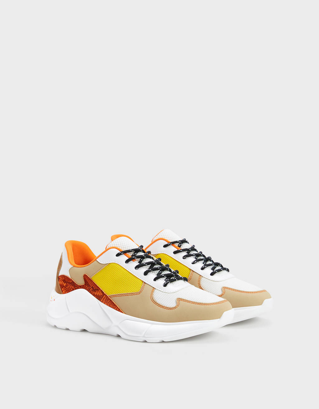 Platform trainers with multicoloured pieces