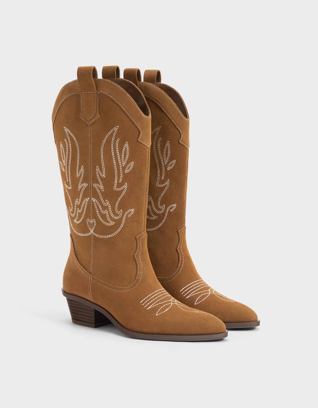 Lederstiefel im Cowboylook
