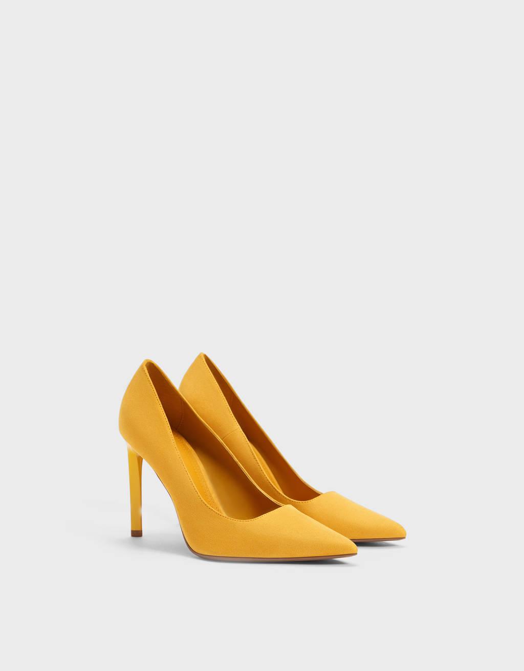 Sapato tacão fino