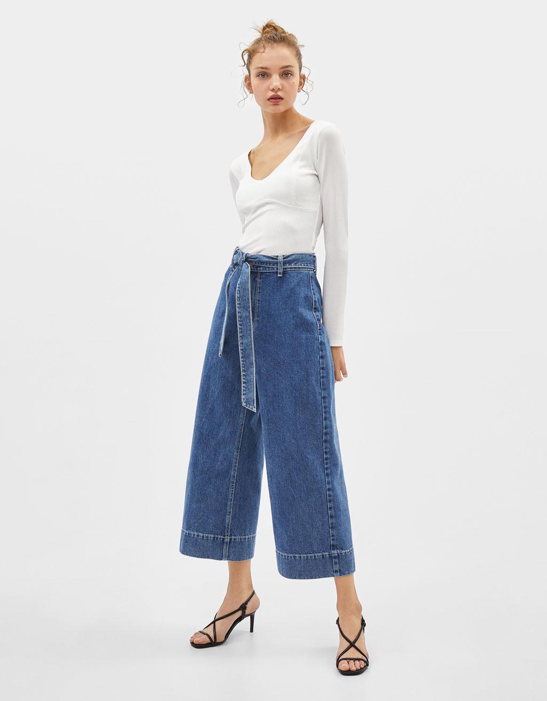 Jupe-culotte en jeans avec ceinture