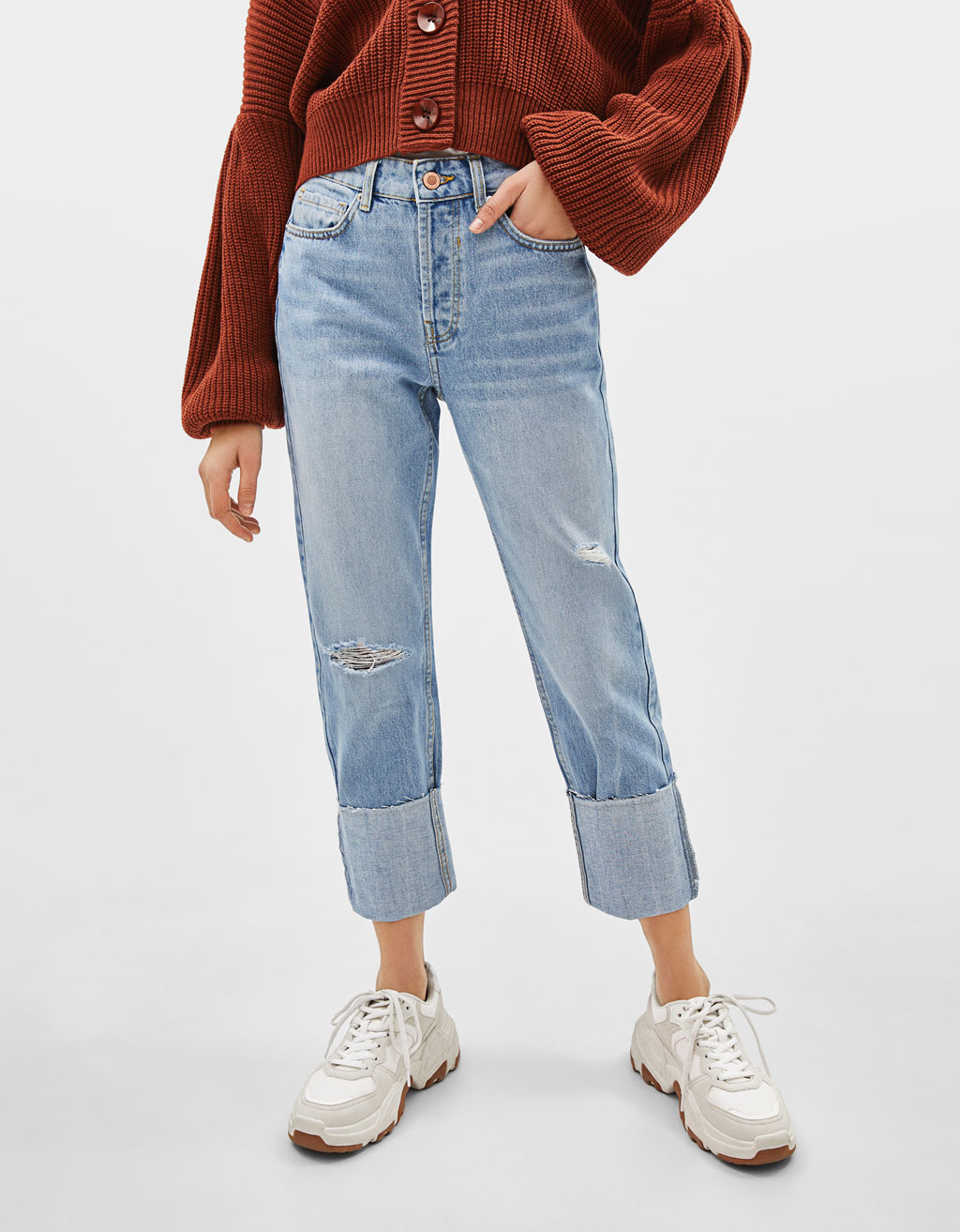 Straight fit jeans with turn-up hems