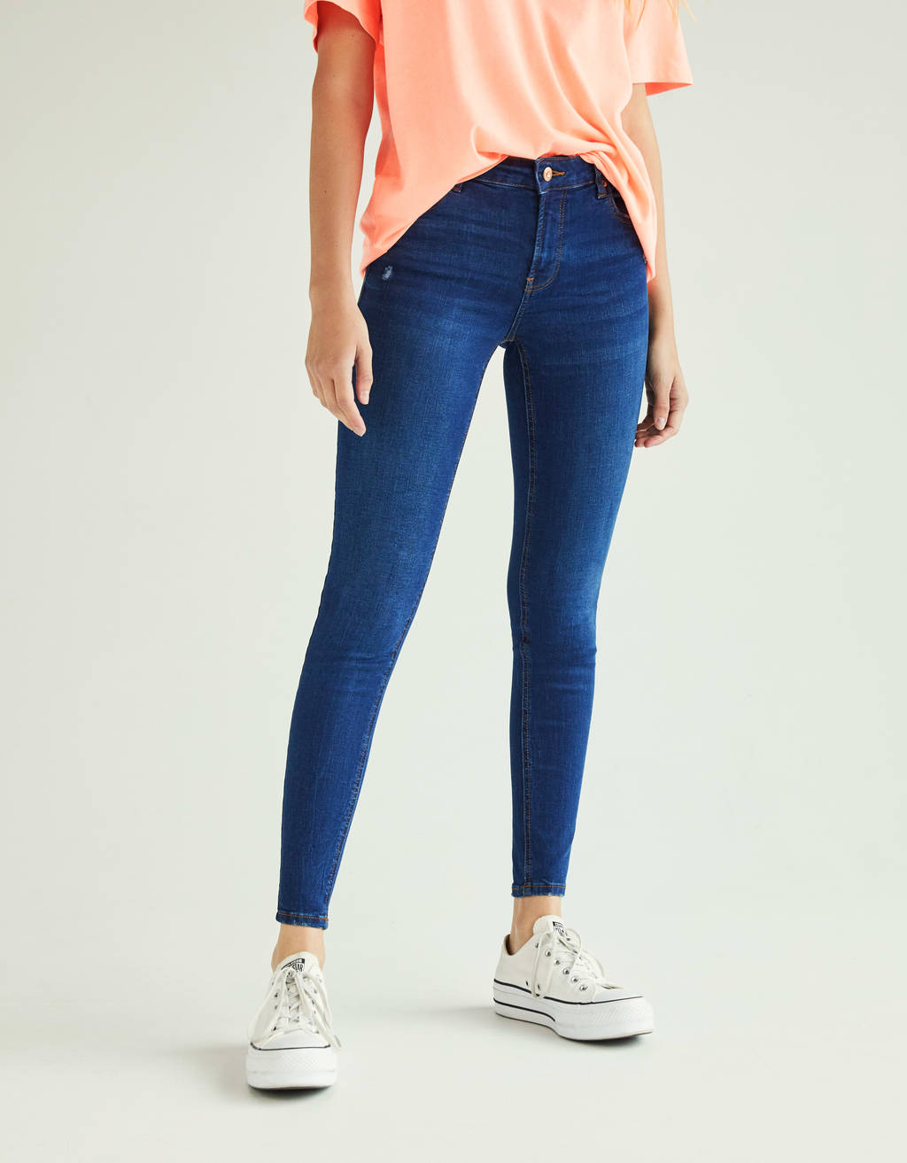 Push-up Jeans im Low Rise Fit