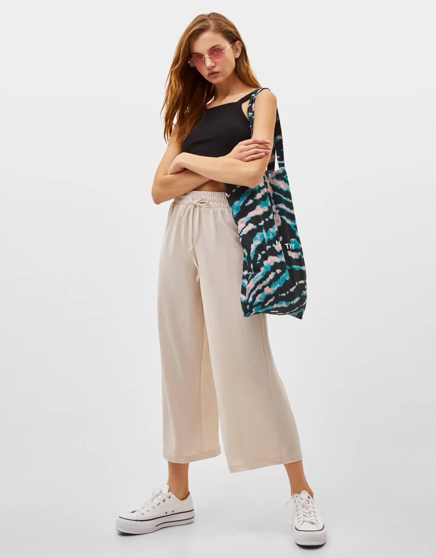 Pantalón culotte fluído