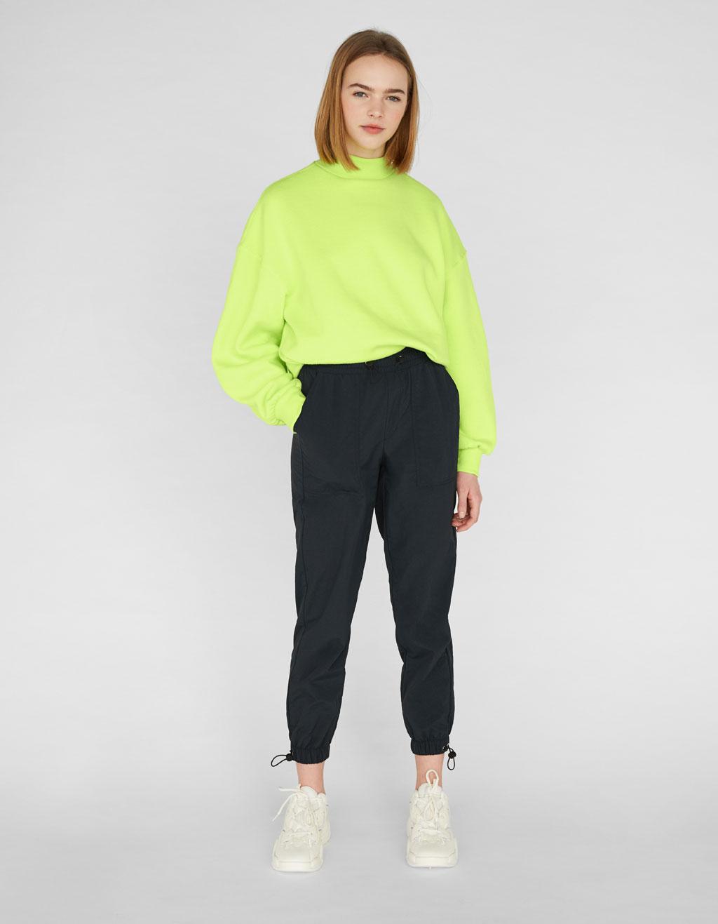 Pantalón Jogger de nylon