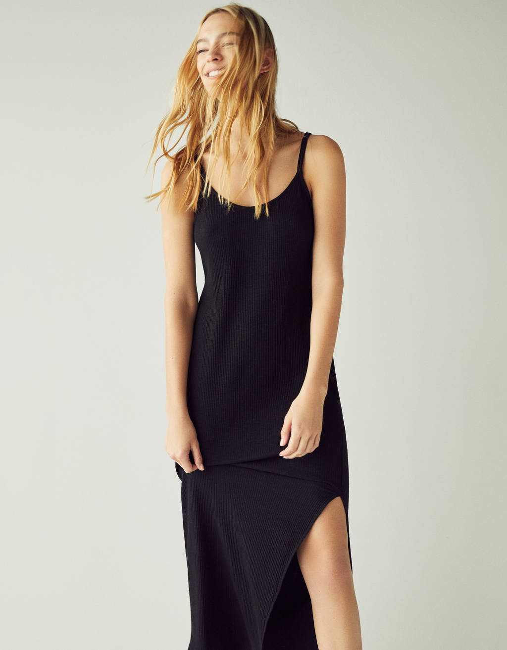 Midi dress with side slit