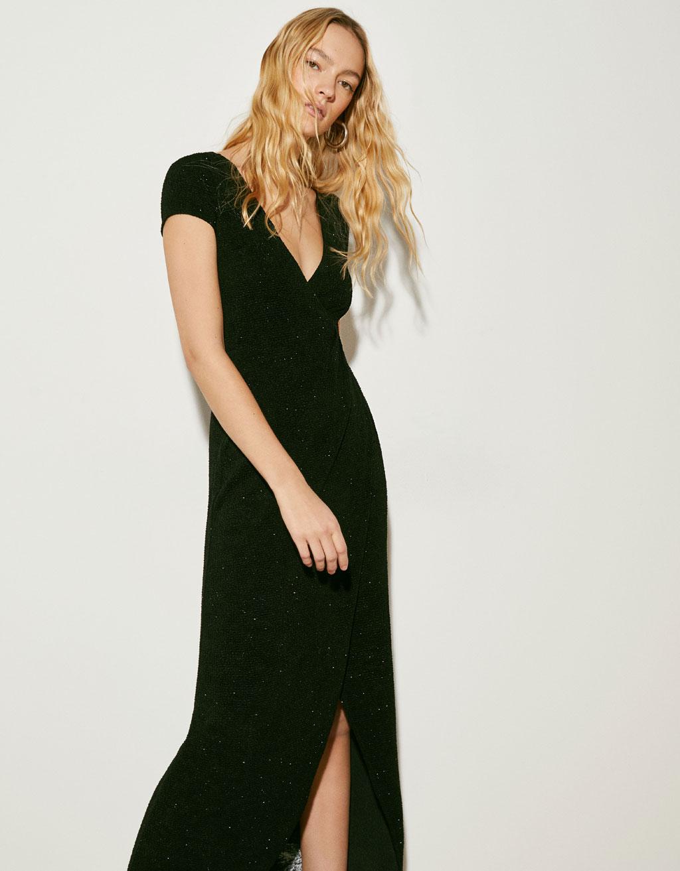 Lang kjole med slids i siden