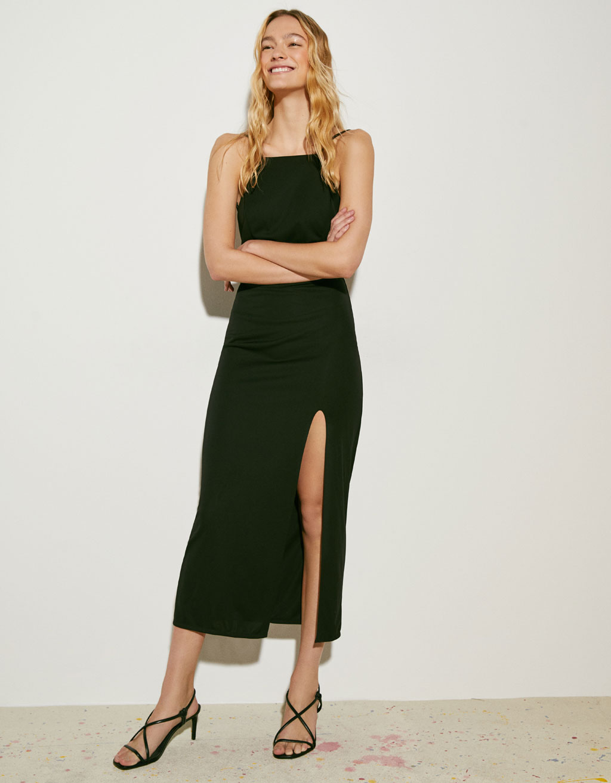 Midi-kjole med bar ryg