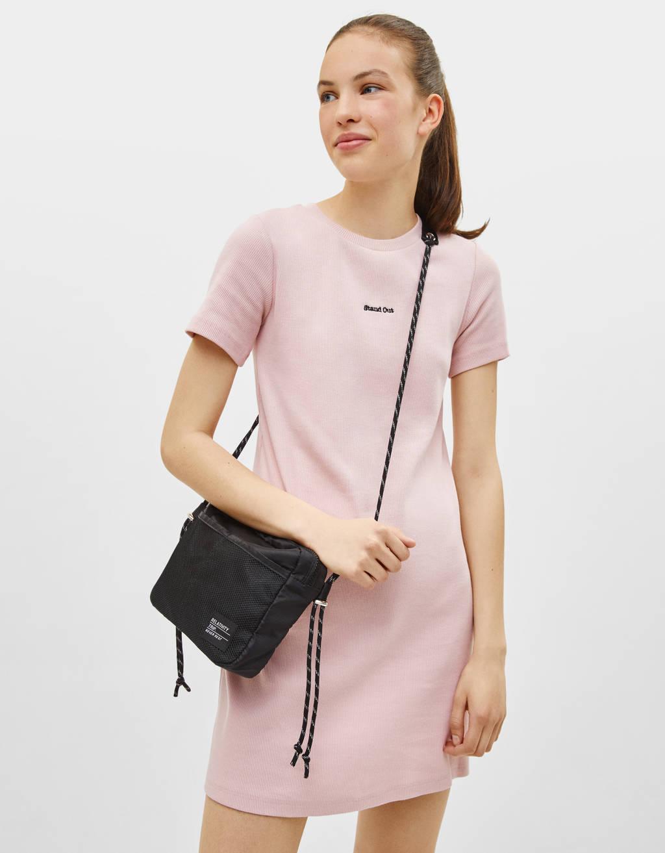 Vestido de manga corta