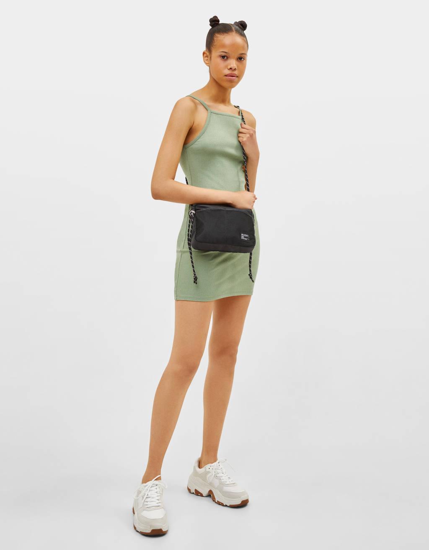 Vestido corto halter