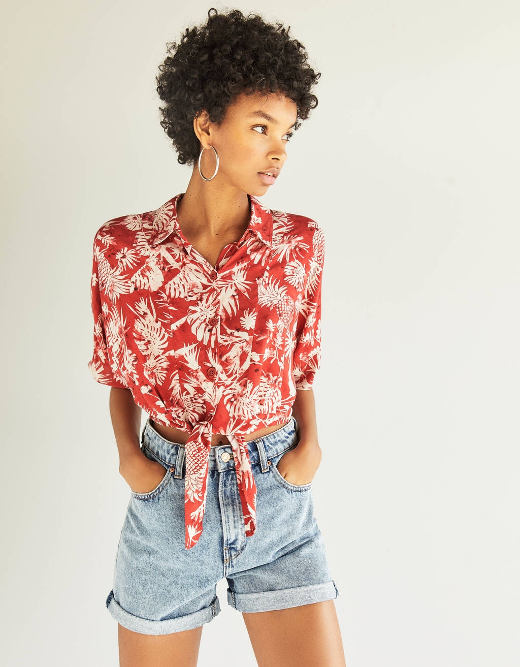 Floral shirt with front knot
