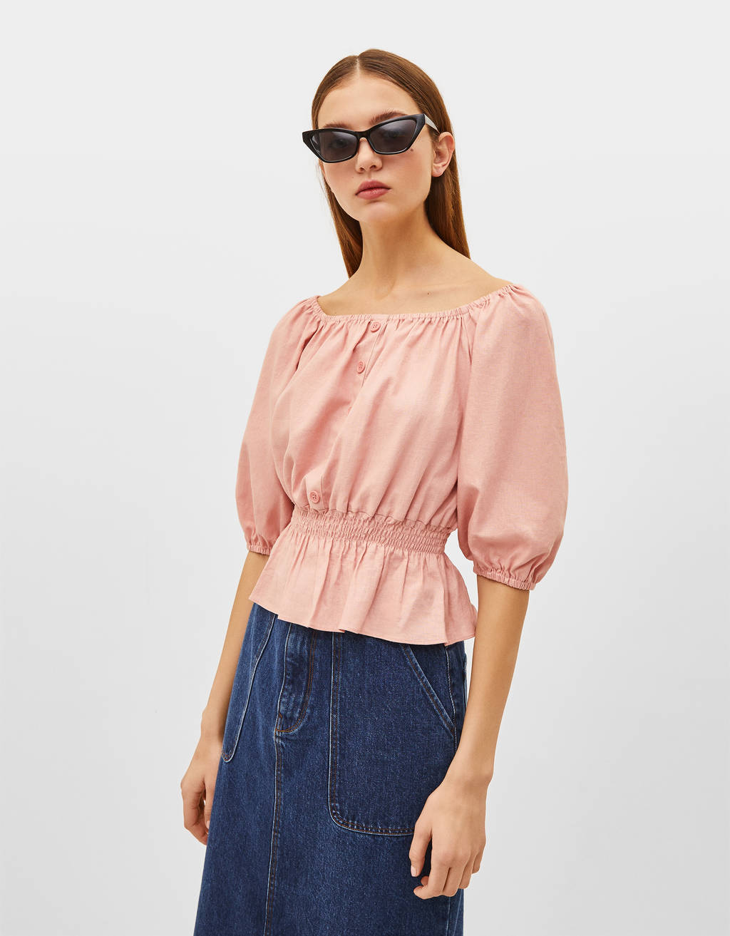 Off-the-shoulder blouse with buttons