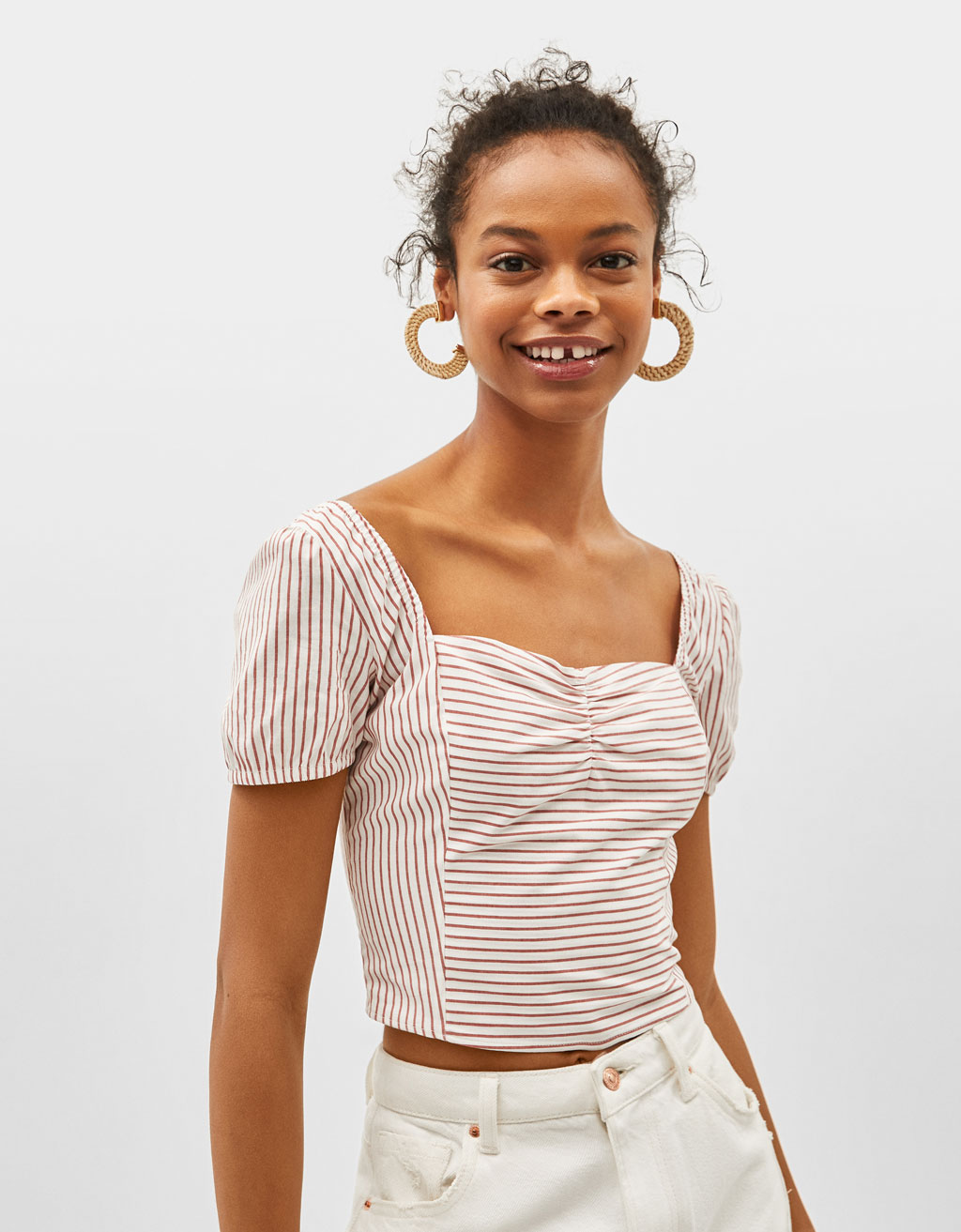 Blouse met off-shoulder halslijn