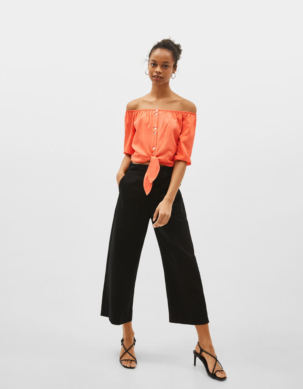 Off-the-shoulder blouse with front knot