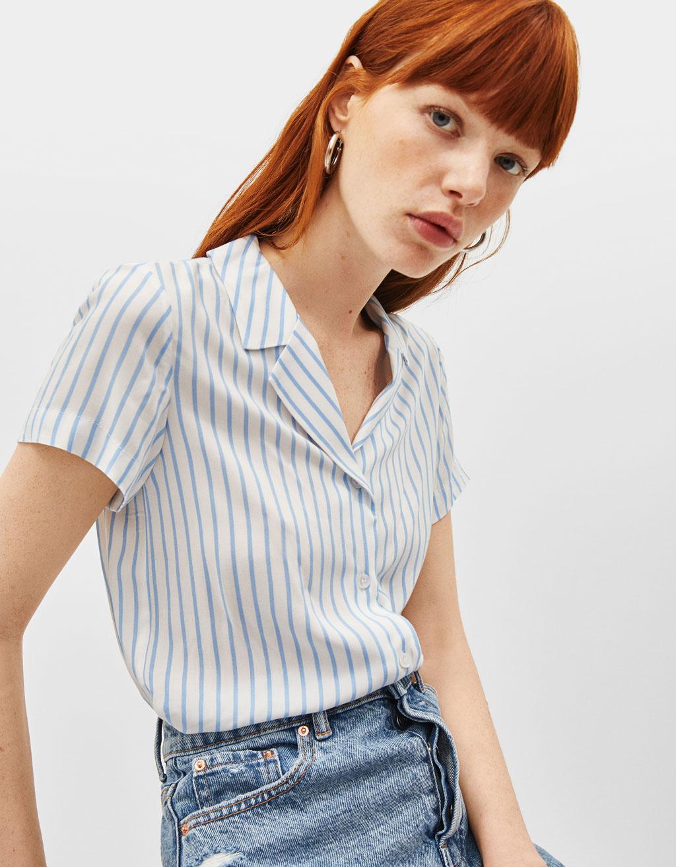 Bindeskjorte med korte ærmer