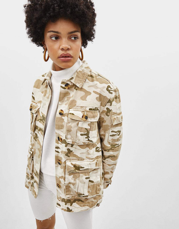 Kort tynd jakker med lommer