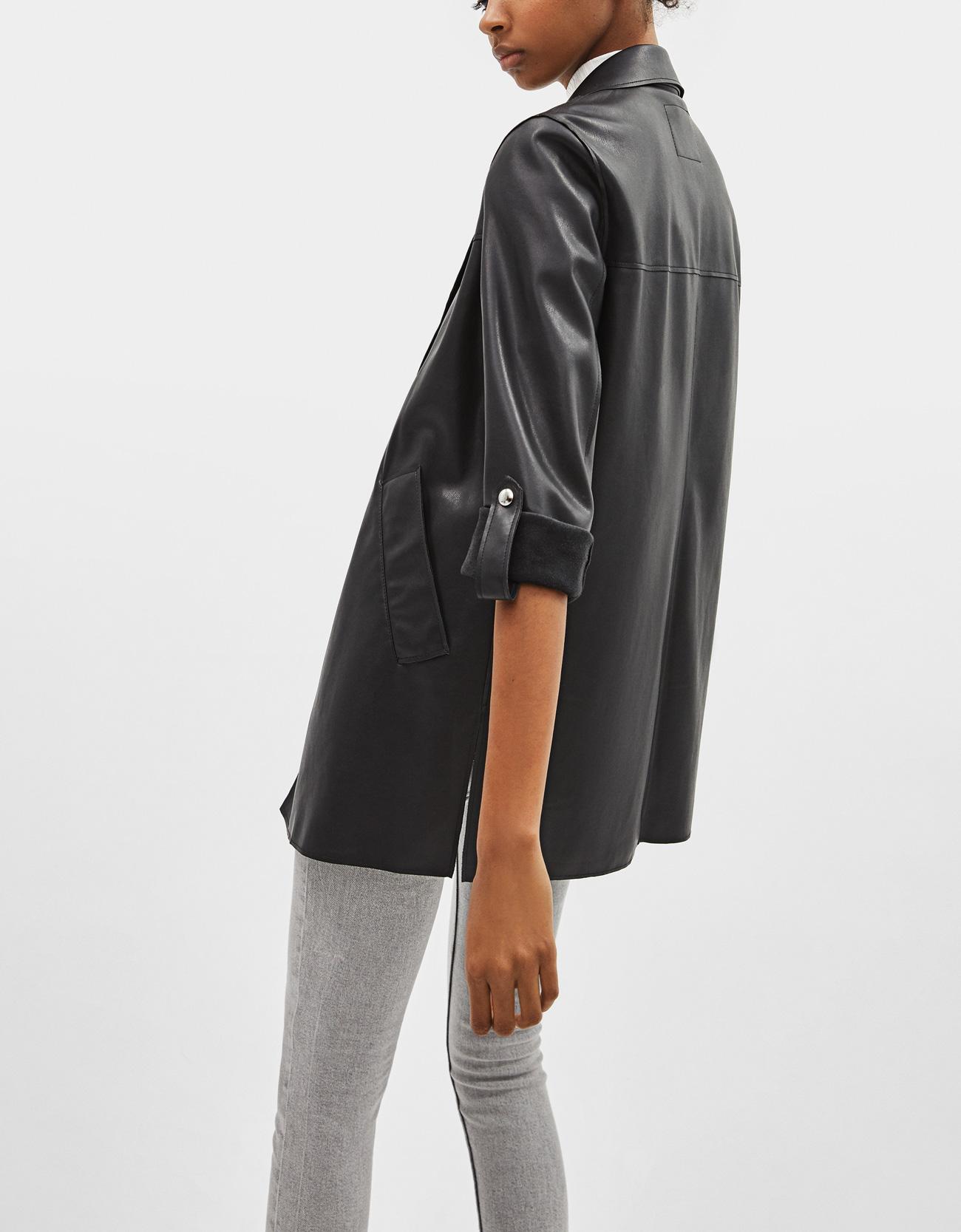 8e16a02c78f8 Faux leather coat - Jackets - Bershka Mainland China   中国大陆