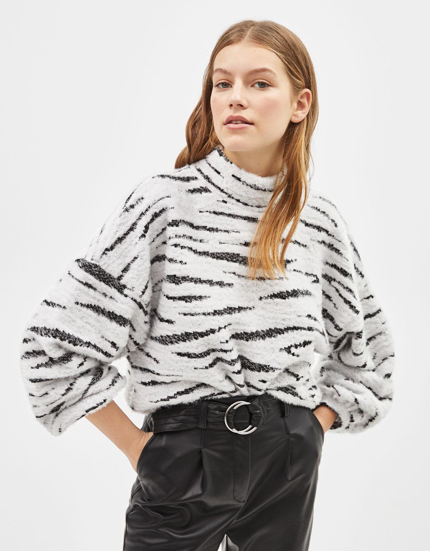 Jacquard-Pullover aus Kunstfell