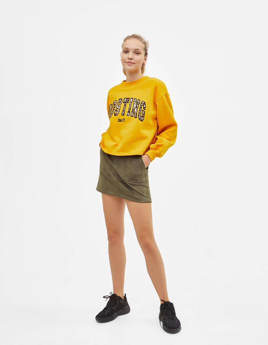 Sweatshirt with slogan print