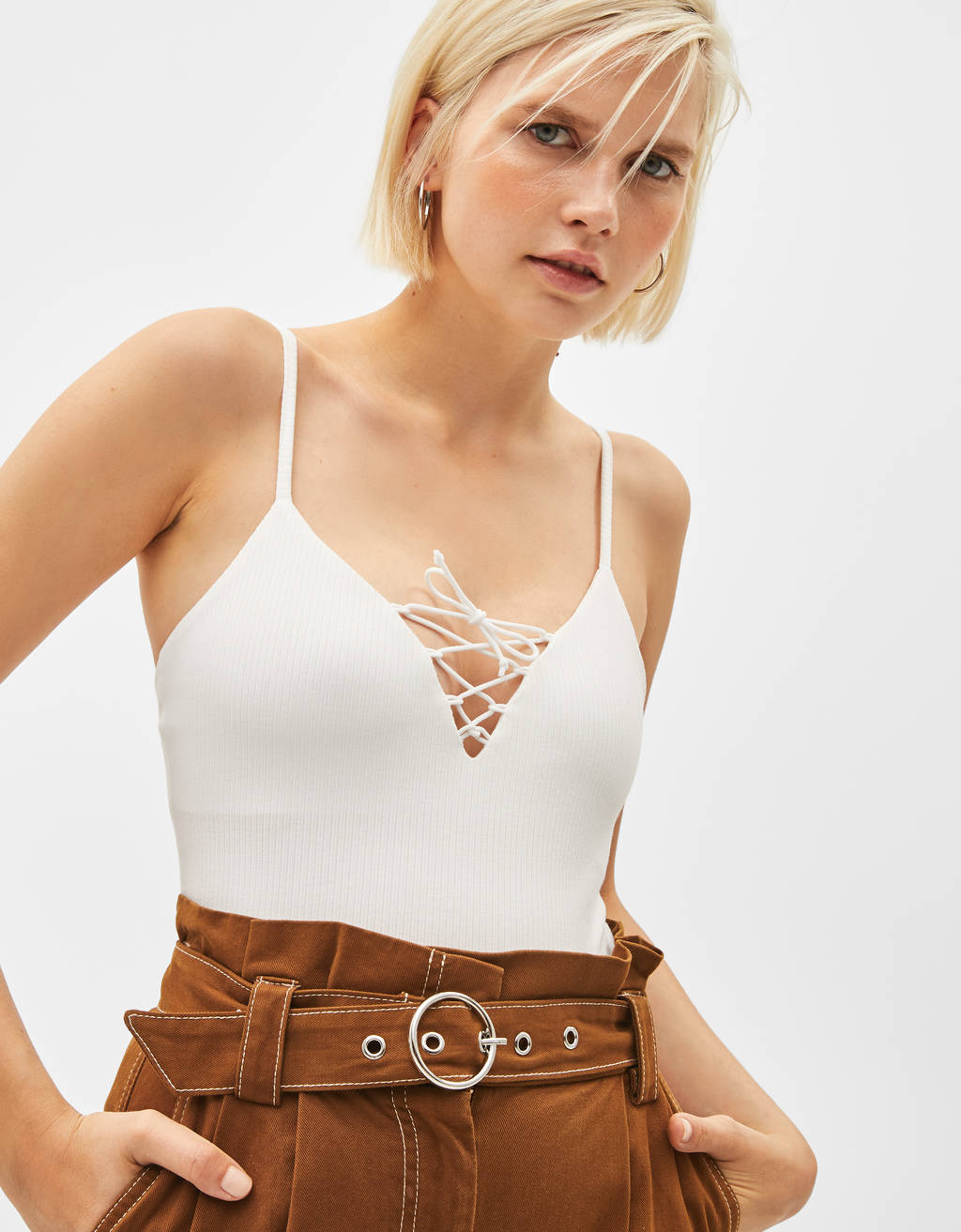 Body con lace up