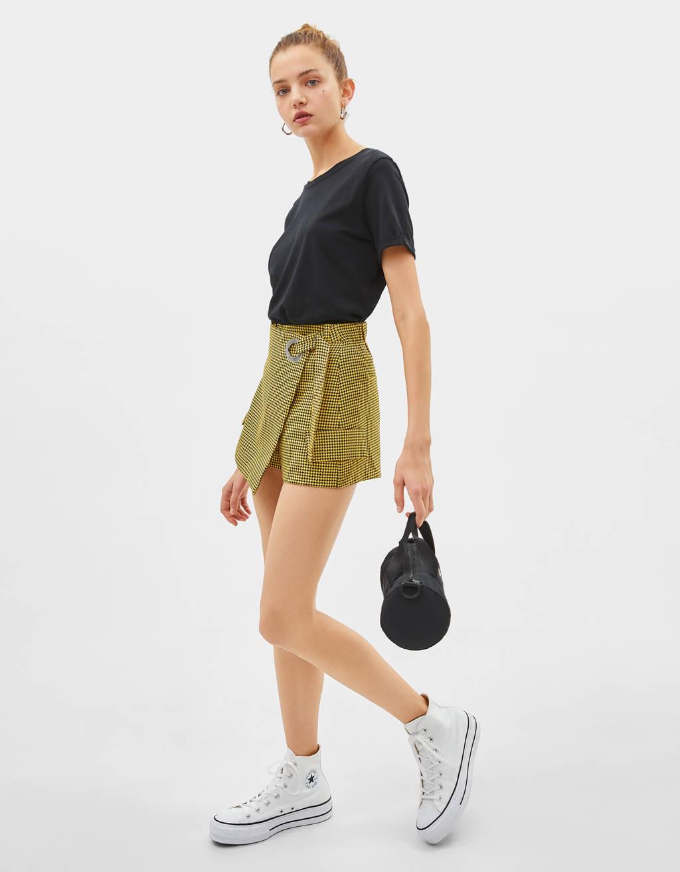Falda pantalón con cinturón