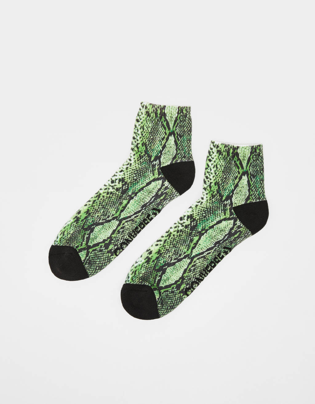 Calcetines con estampado de serpiente