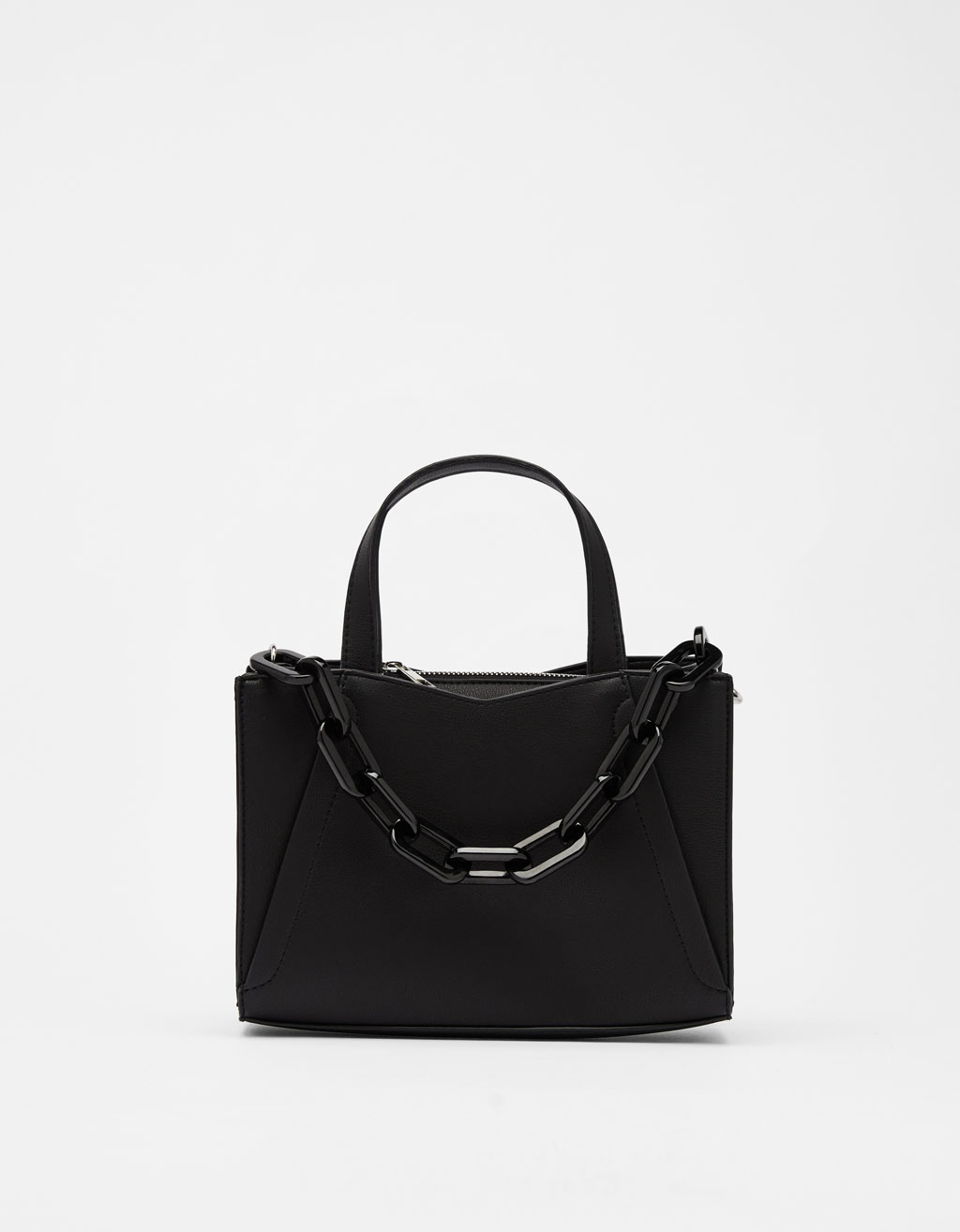 Tote bag with chain