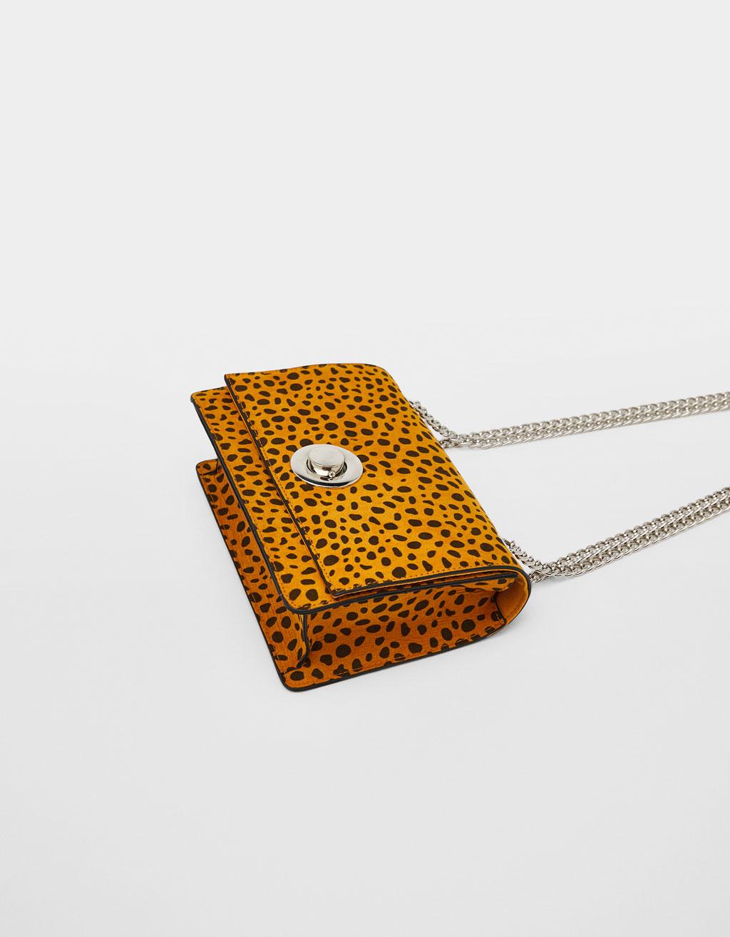 Tasche mit Leopardenmuster