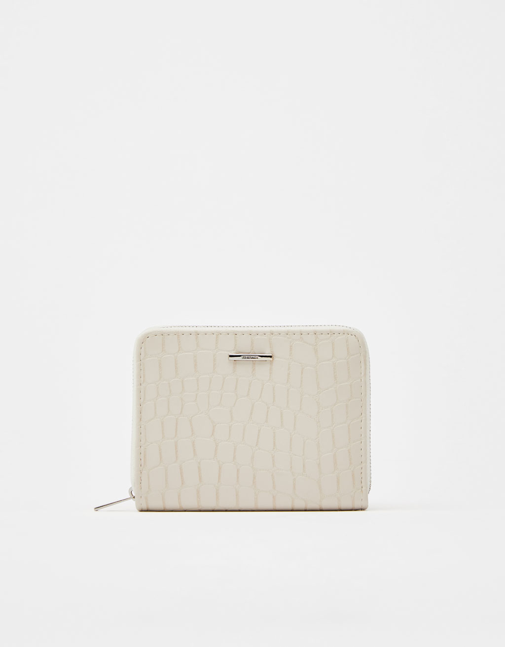 Square purse with detailing