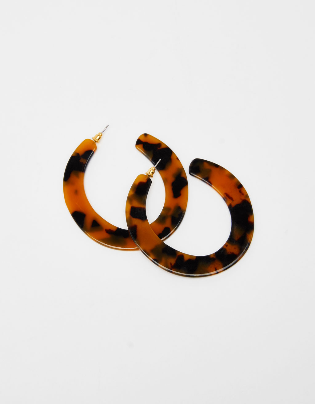 Tortoiseshell-effect hoop earrings