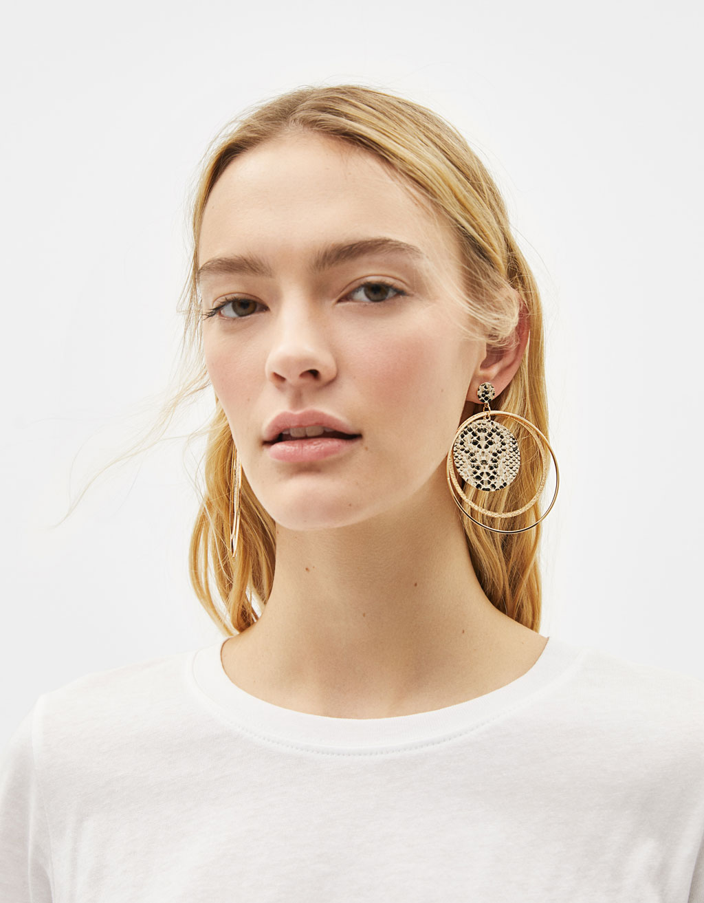 Snakeskin-effect maxi earrings