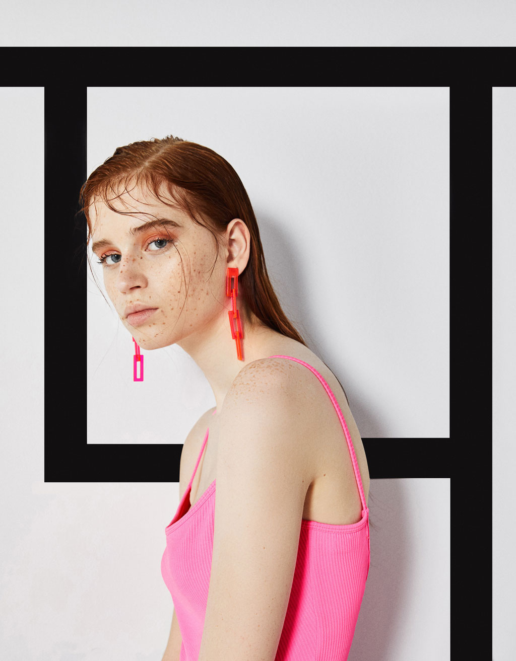 Set of neon maxi earrings