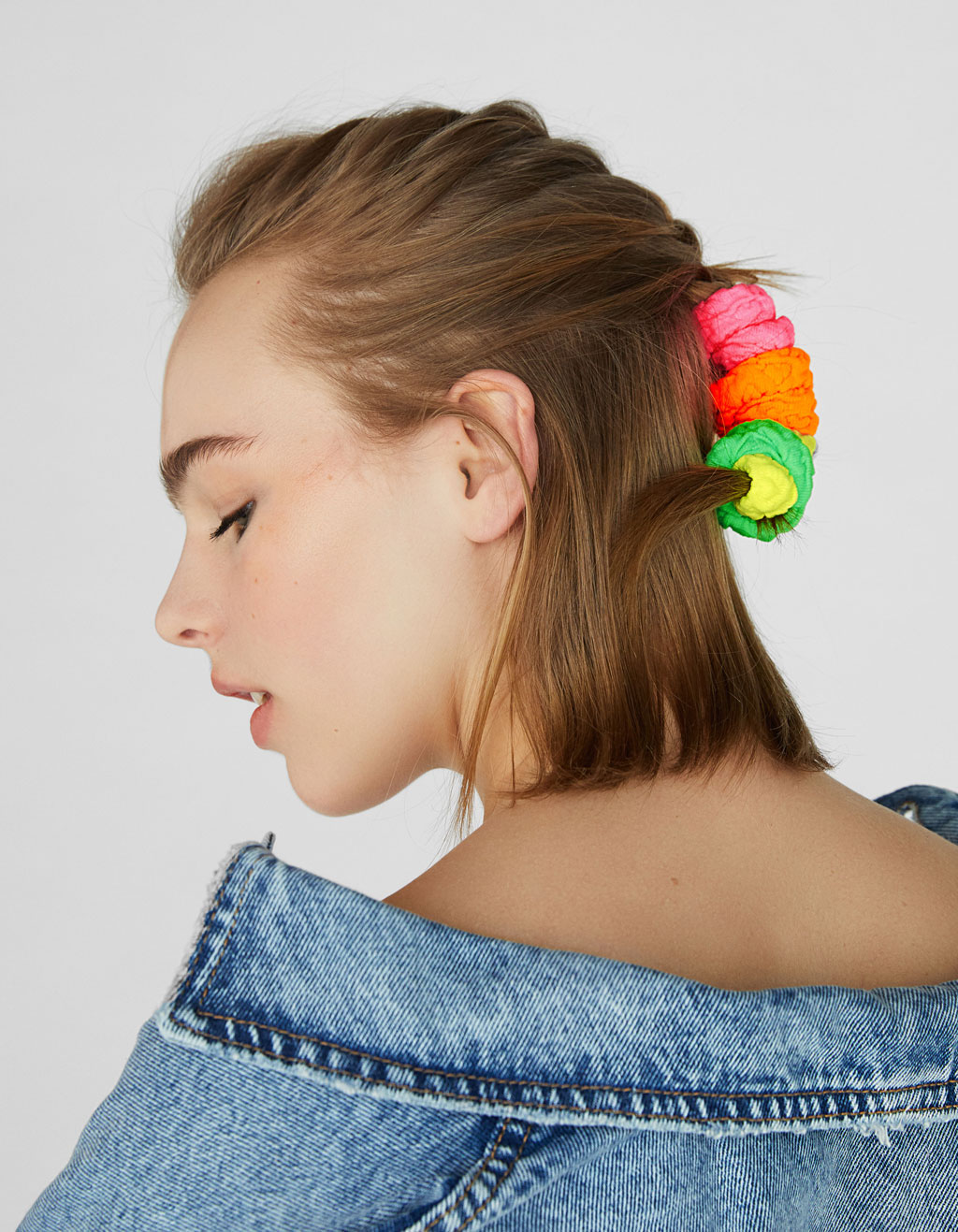 4-pack of neon scrunchies