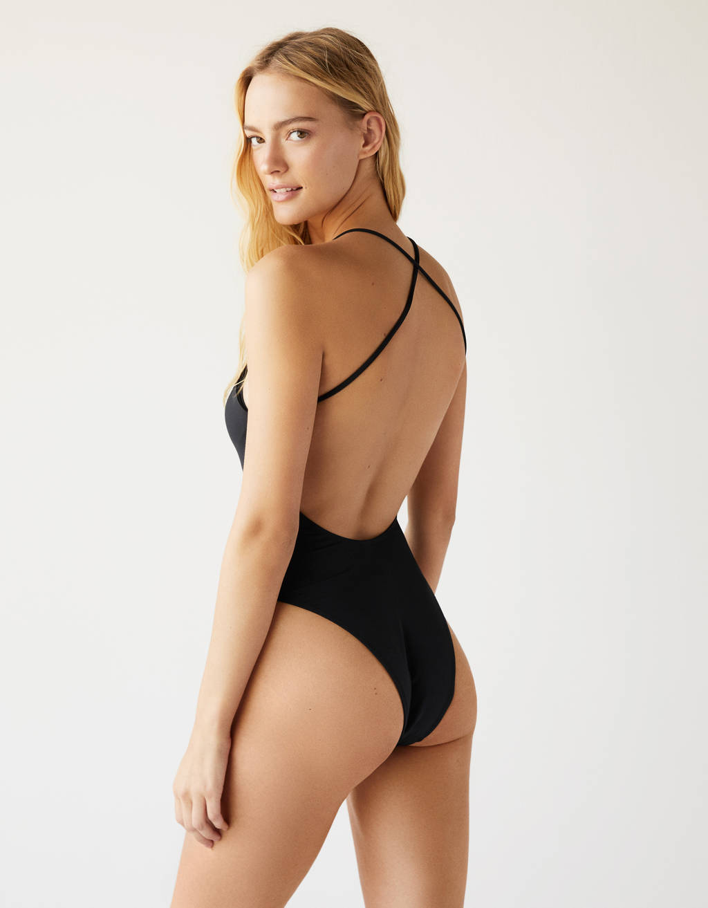 ca1042bfd013 One-piece swimsuit with lace-up chest - Tees - Bershka United States