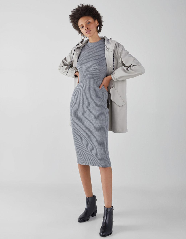Платье миди из рифленого трикотажа