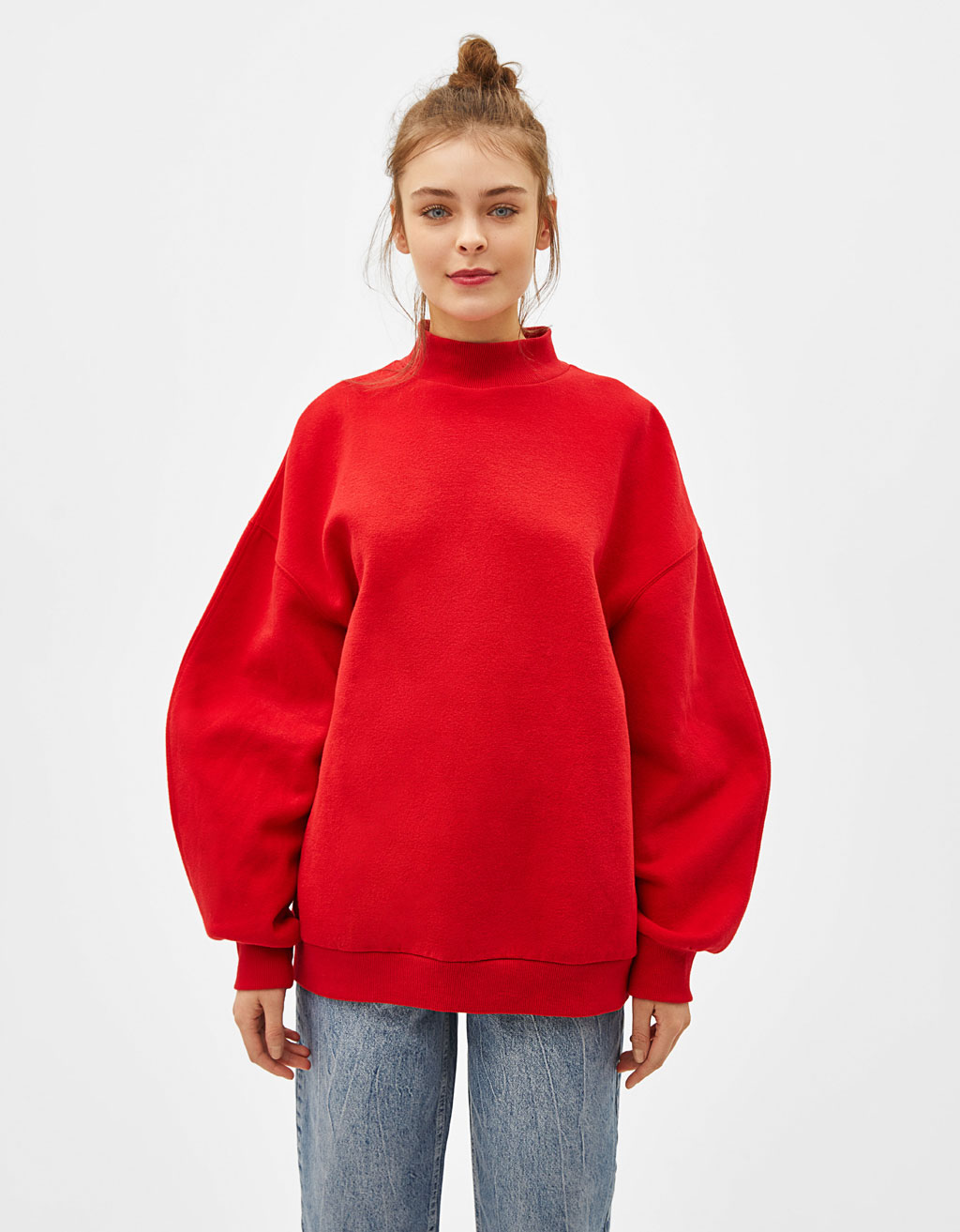 High neck sweatshirt