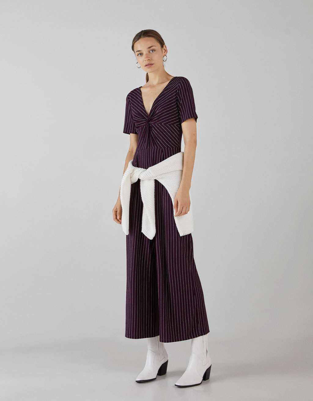 Long jumpsuit with front knot