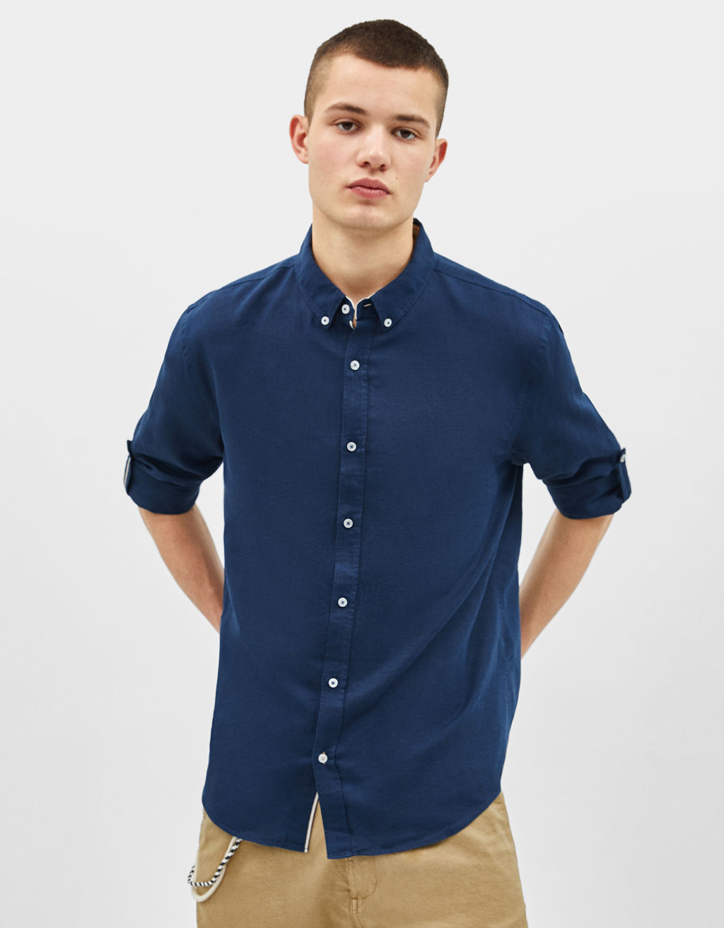 Linen shirt with turn-up sleeves