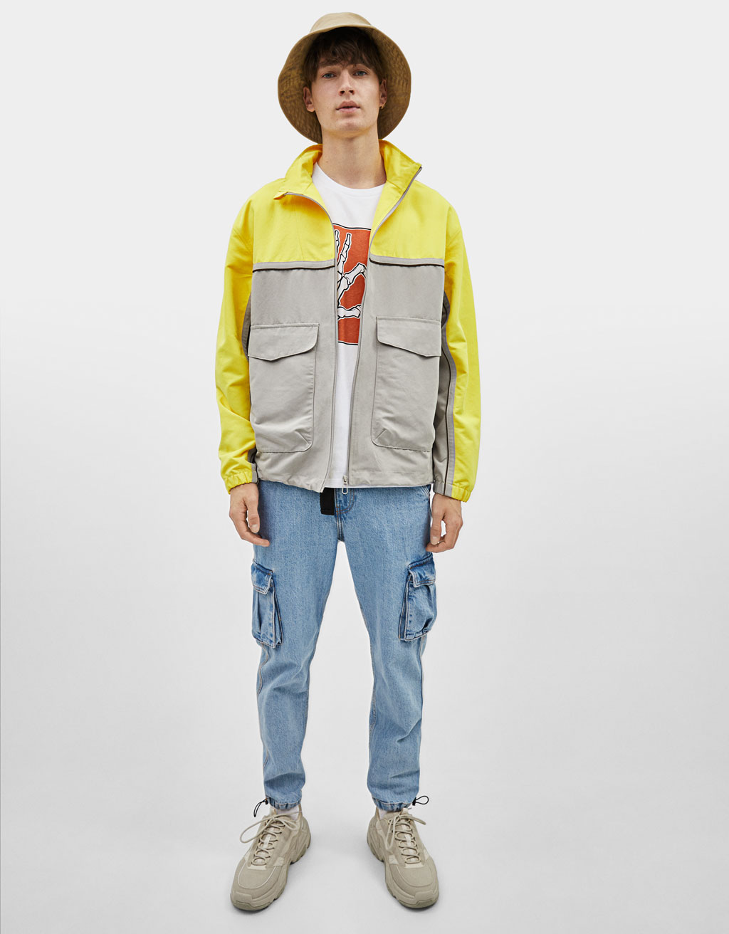 Utility jacket with oversized pockets