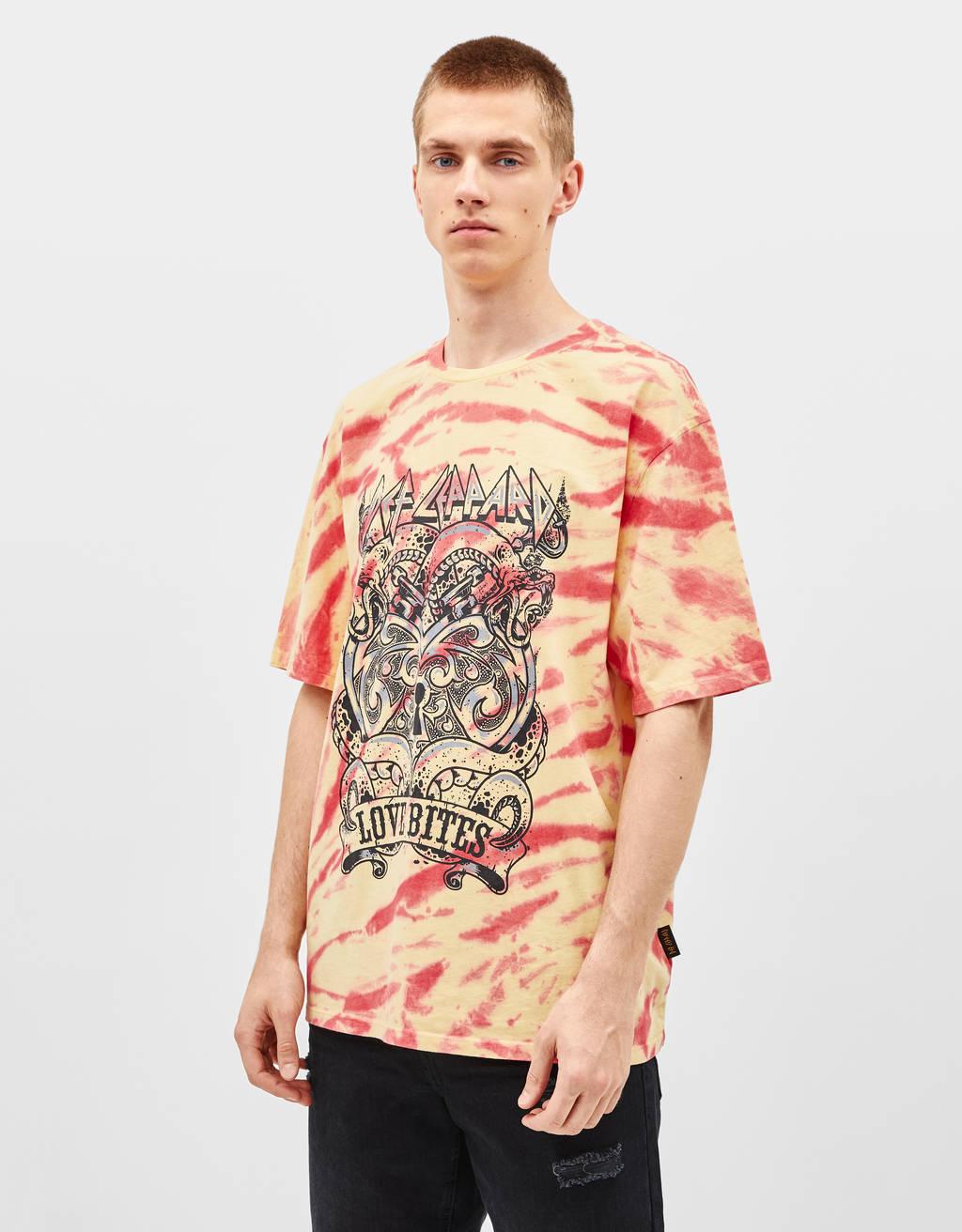 Majica s tie dye vzorcem in s 'Def Leppard' potiskom