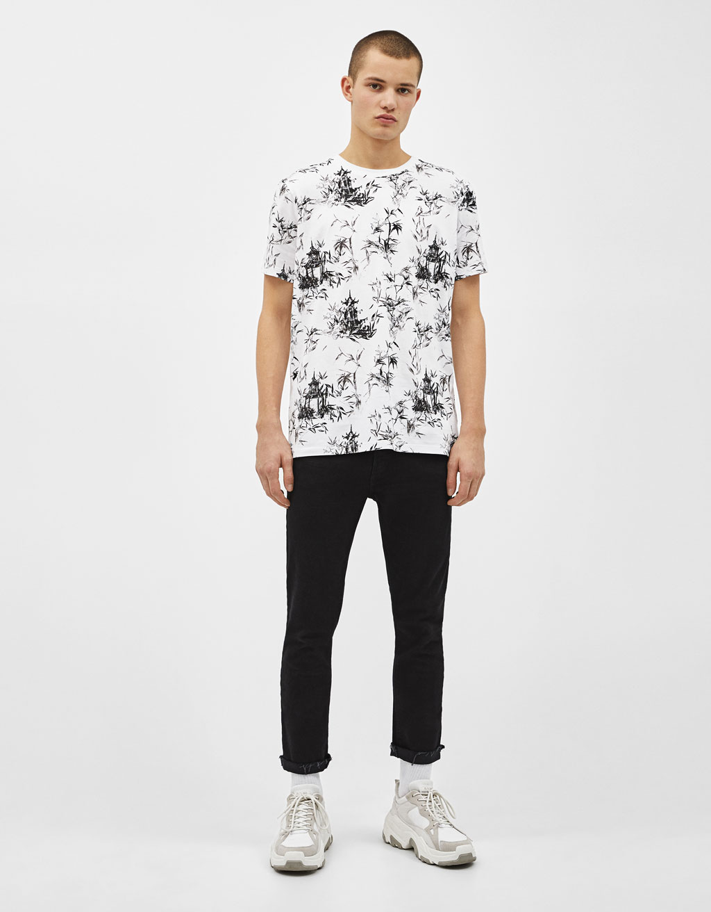 Majica s cvetličnim potiskom