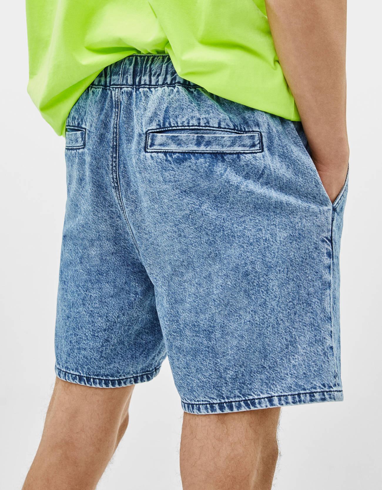 e43e1aa0396 Denim Bermuda shorts with a stretch waistband. - Shoes - Bershka Poland