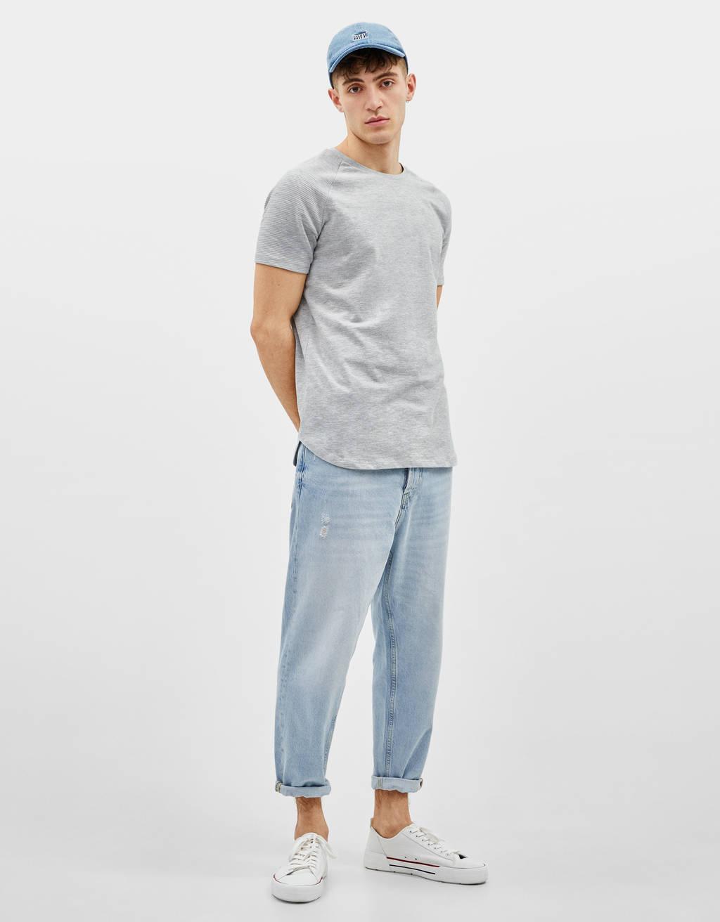 Camiseta manga ranglán